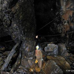 Kačna jama - stranski rov Dolnje Ležeče