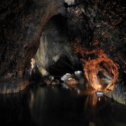 Kačna jama - Phare jezero in stranski rov Dolnje Ležeče