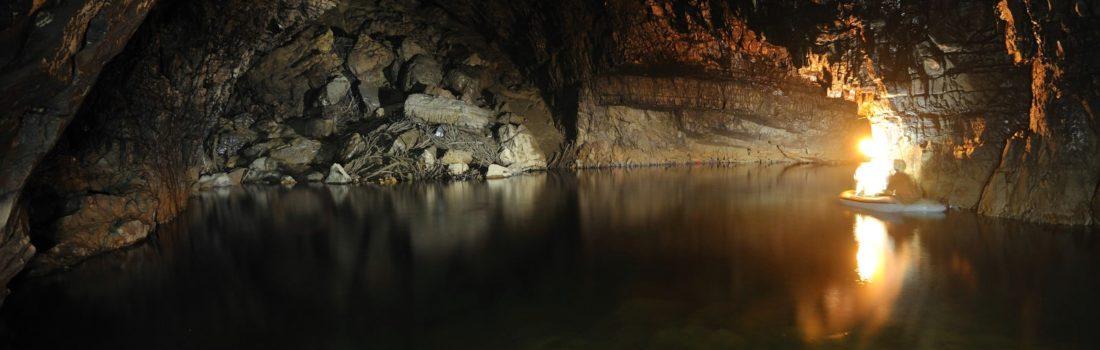 Kačna jama - Phare jezero