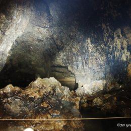 Kačna jama - transportne žičnice iz B3G, v odzadju Phare jezero